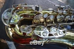 Bundy II Alto Saxophone! With Case/mouthpiece/strap! Ready For The Stage! $200