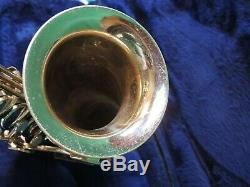 NICE 1970 CONN 18M Eb Alto Saxophone with EXTRAS Case & Mouthpiece SN N155875