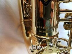 Selmer Soloist Eb Alto SAXOPHONE With Mouthpiece and CASE