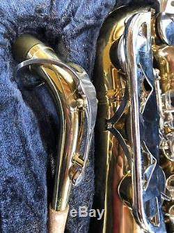 Vintage Conn 20m Saxophone sn N246112 with Mouthpiece, Case & cleaning tools