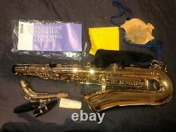 Yamaha YAS-275 used in good condition with case, strap, manual & music library